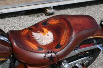 "Sitz/Seat ""Eagle Cry Feathers"""